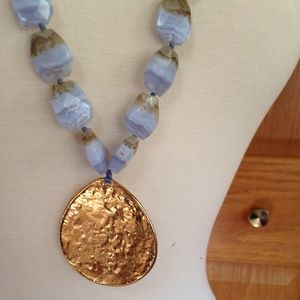 NEST - Blue Lace Agate Pendant Necklace - Like New